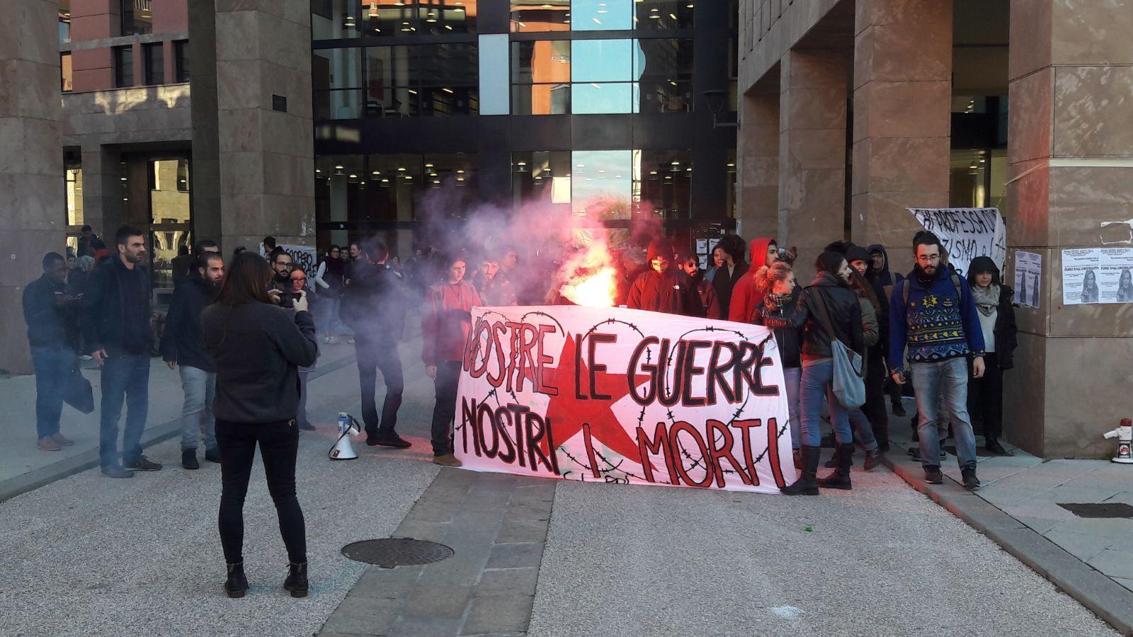 Dibattito con Santanché-Ermini,proteste
