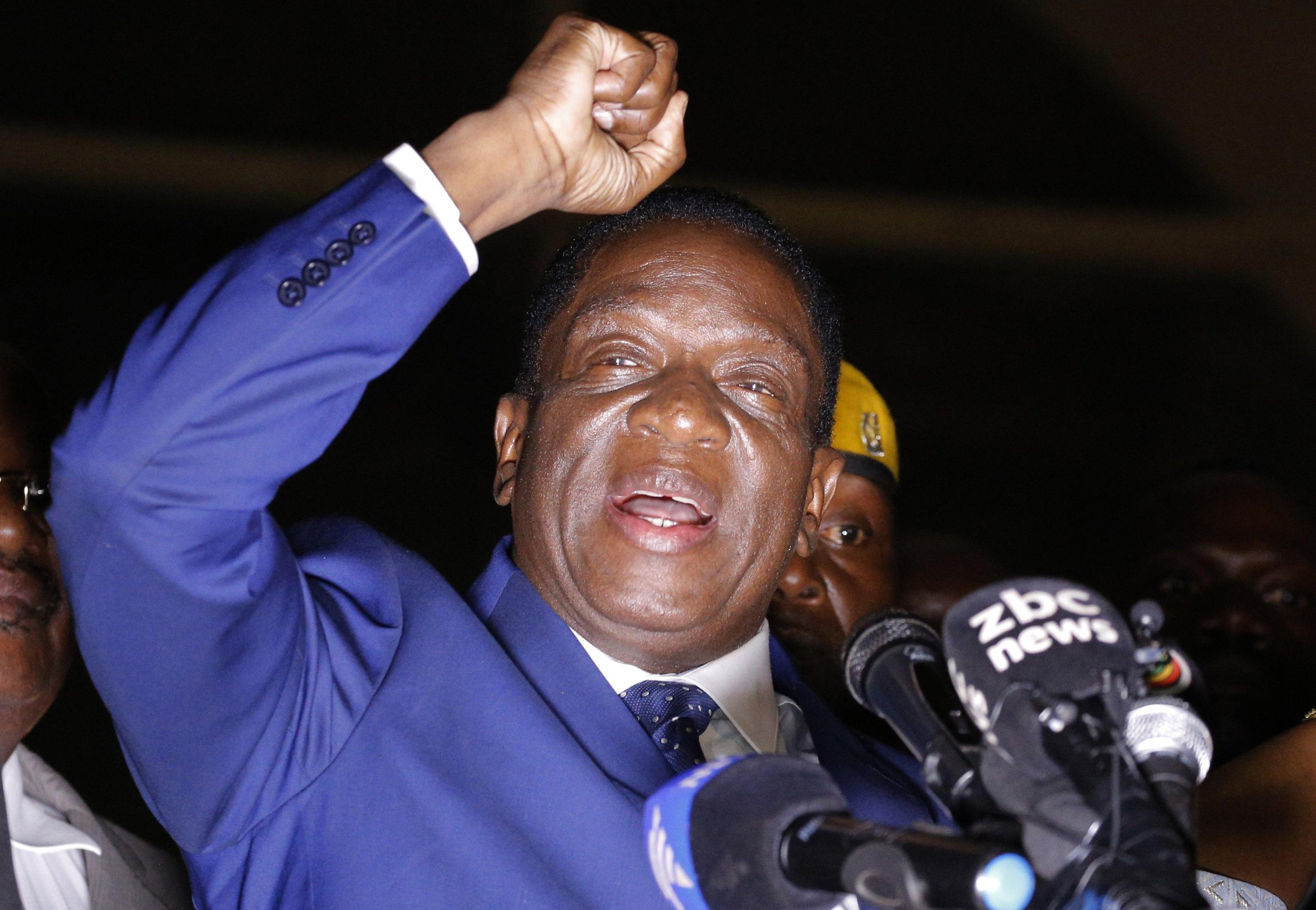 Zimbabwe: Mnangagwa giura, è presidente