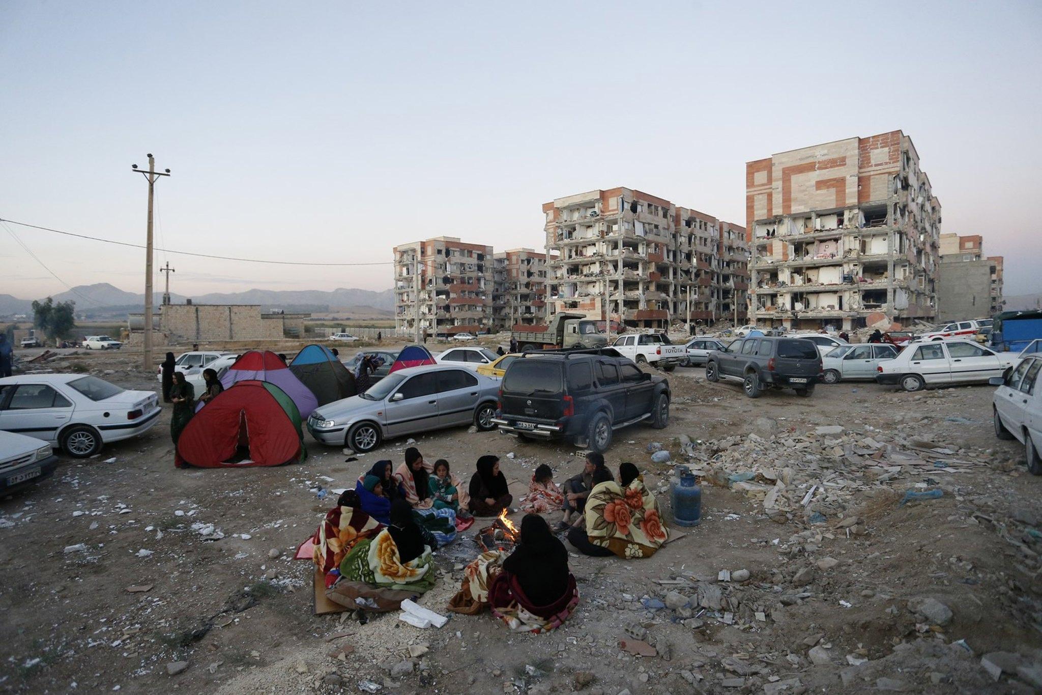 Sisma, almeno 221 morti tra Iran e Iraq