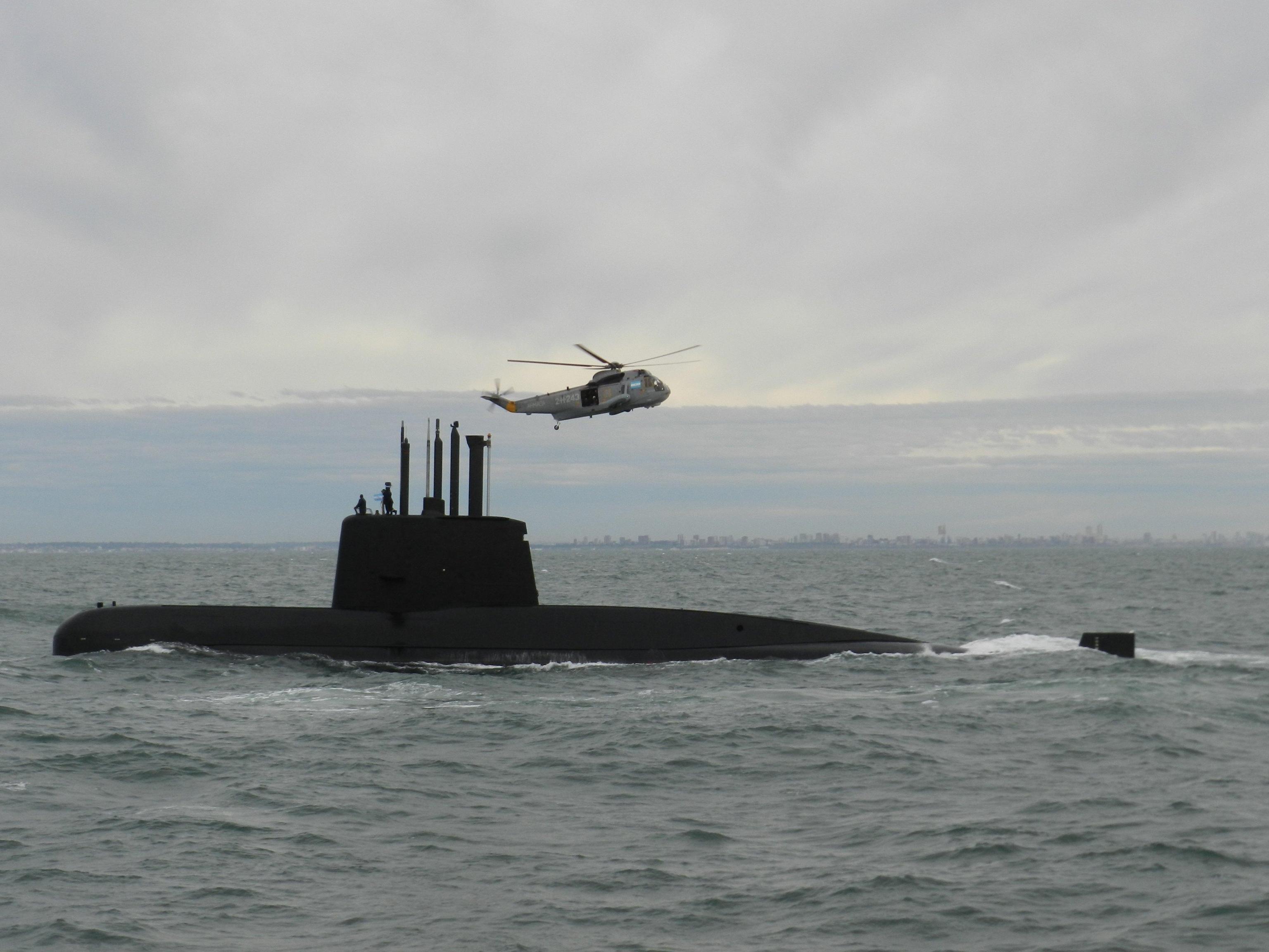 Argentina:'bagliore' in zona sottomarino