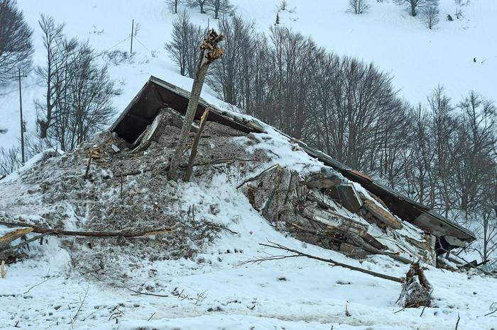 Rigopiano, la perizia conferma: 'L'Hotel andava evacuato'