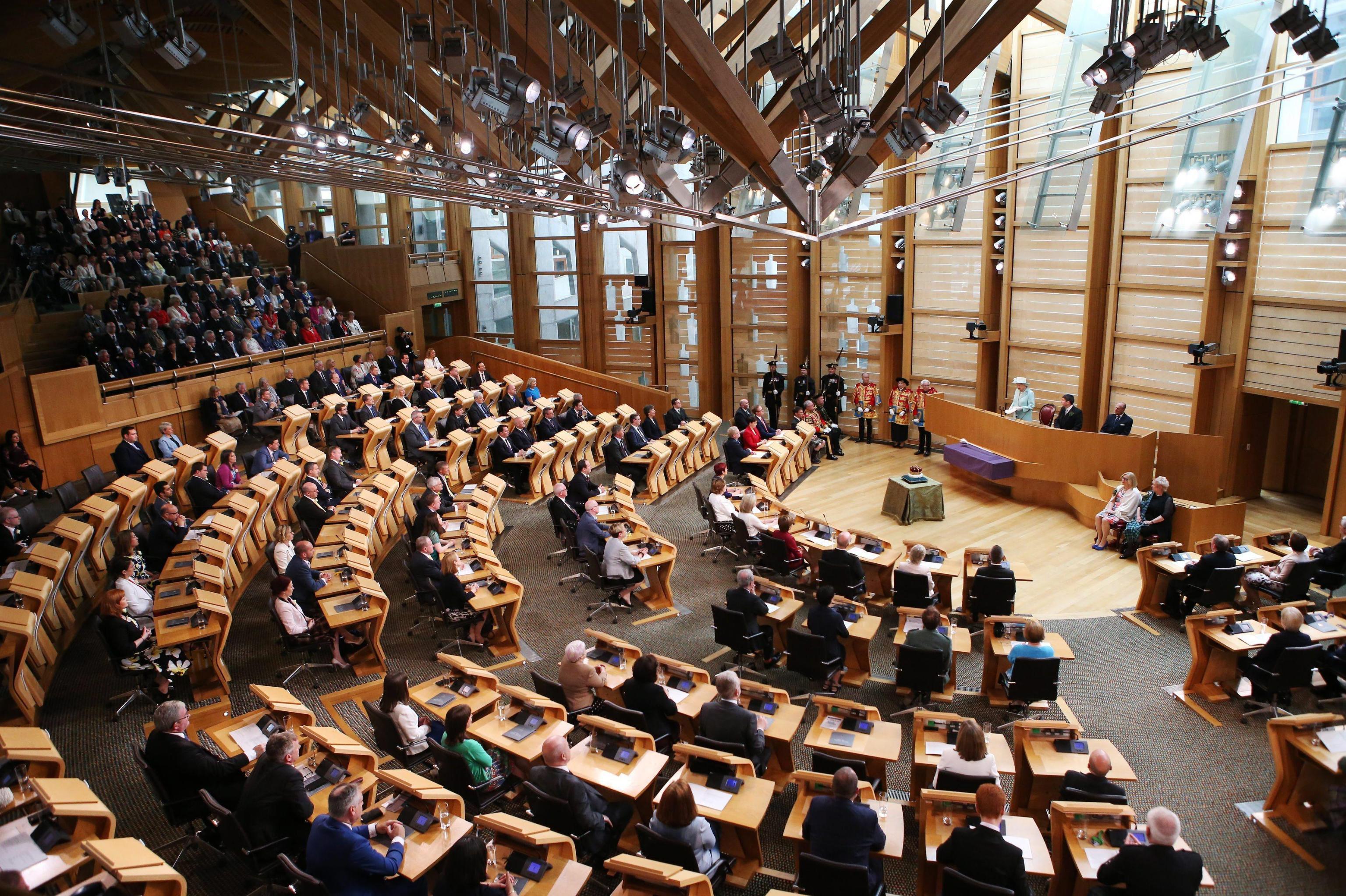 Labour vira a sinistra anche in Scozia