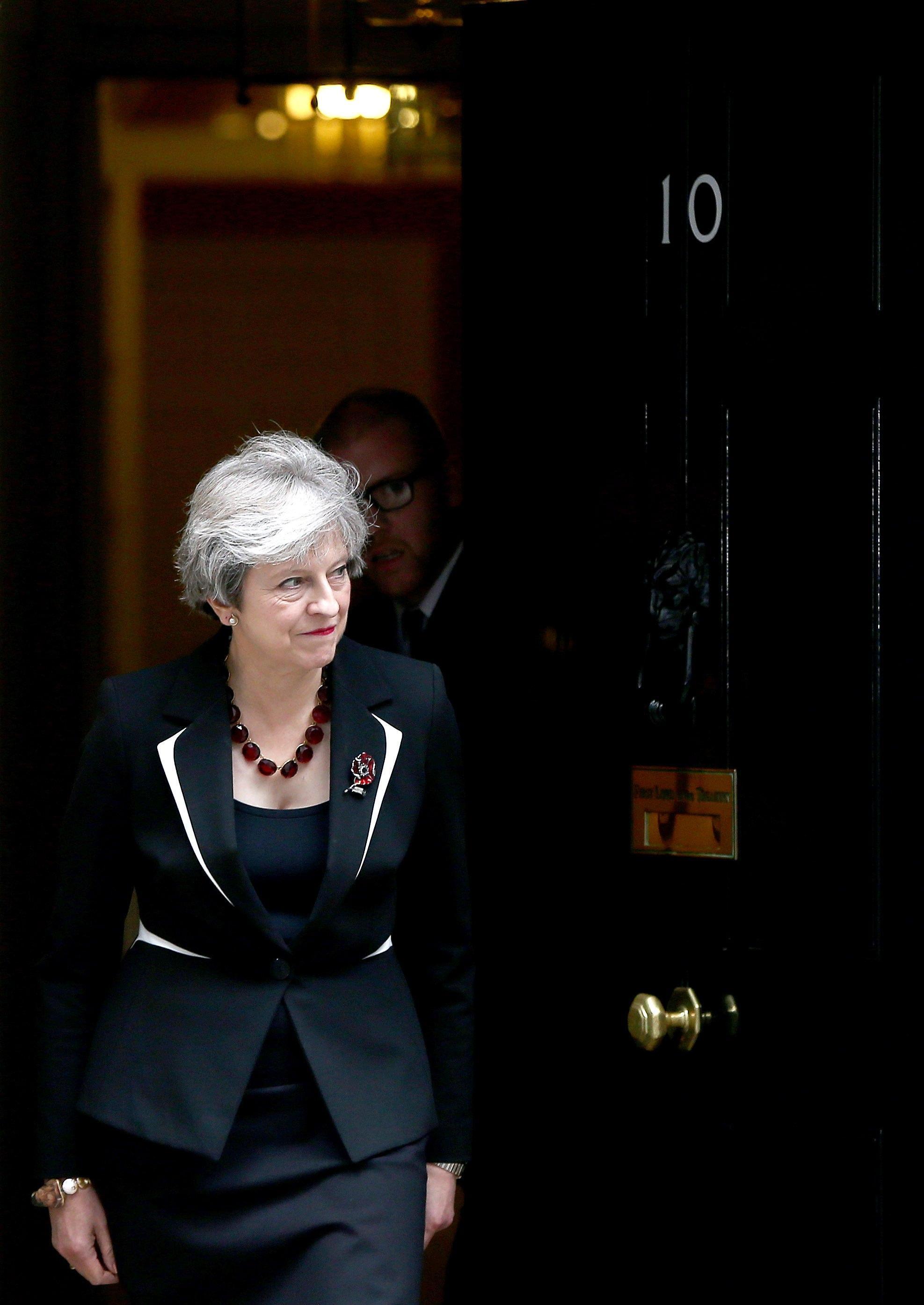 Brexit: May, Gb uscirà il 29 marzo 2019