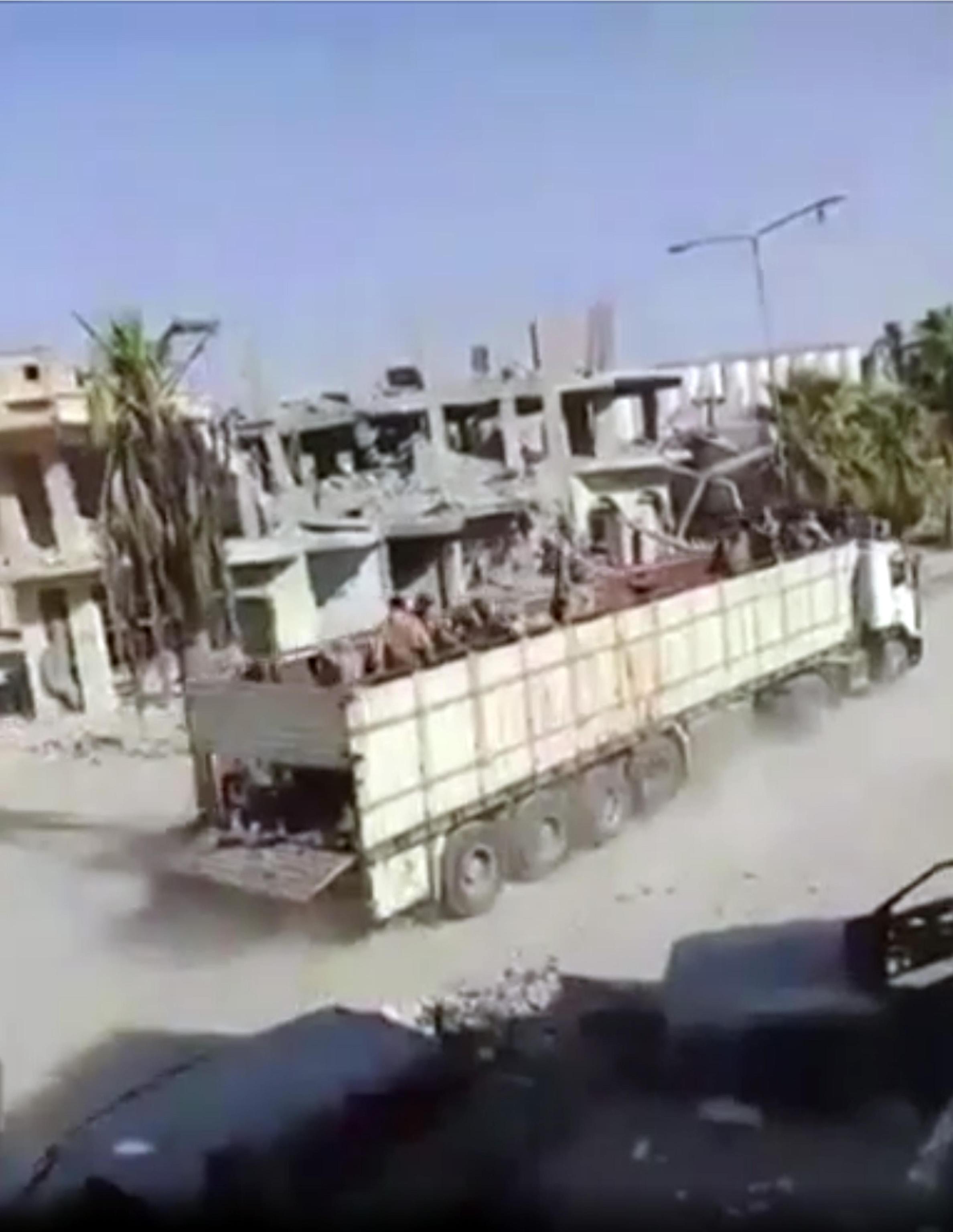 Bbc svela accordo su fuga Isis da Raqqa