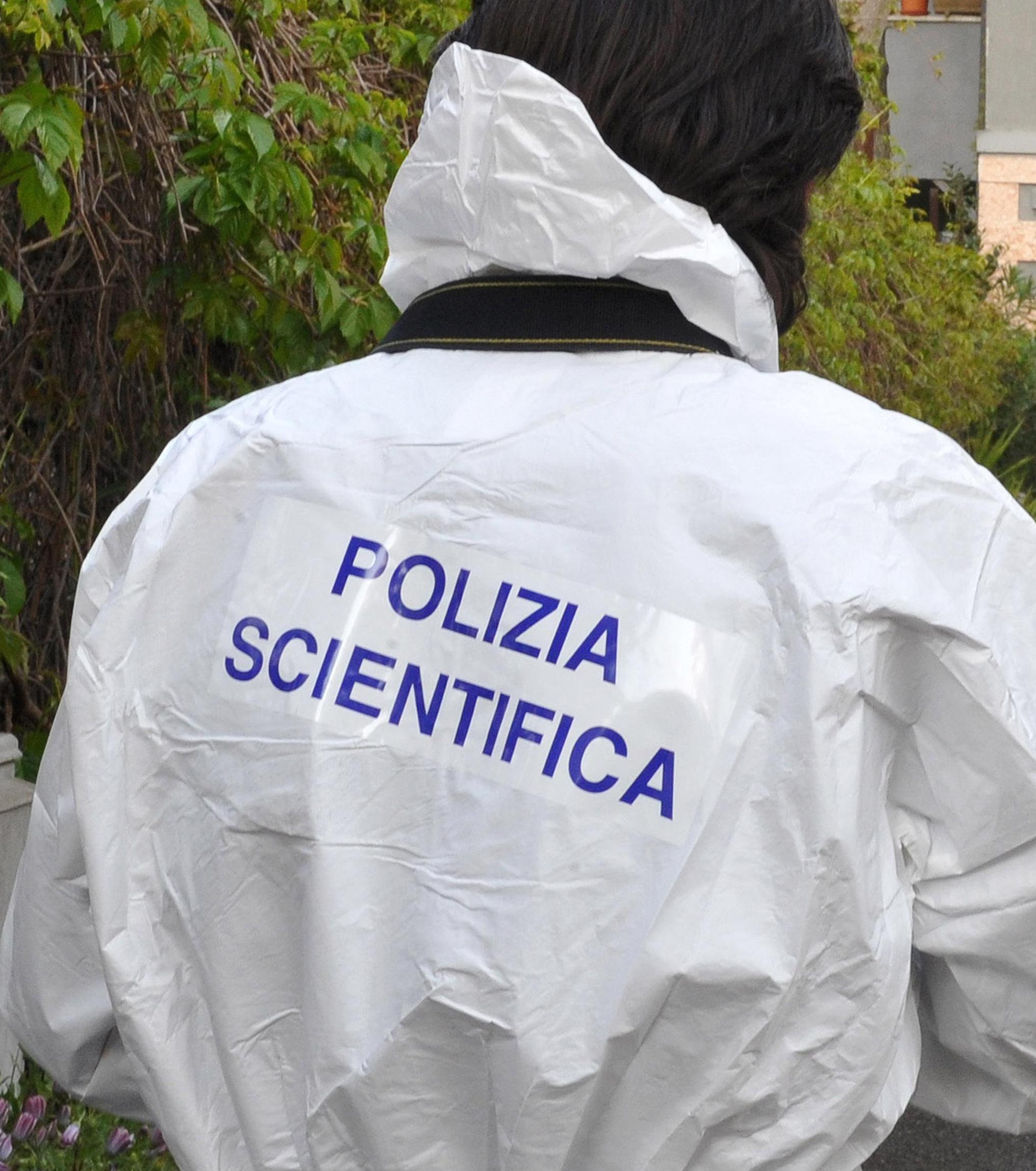 Cadavere in fossi medicei Livorno