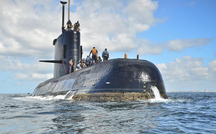 Speranze per il sottomarino disperso, registrate chiamate