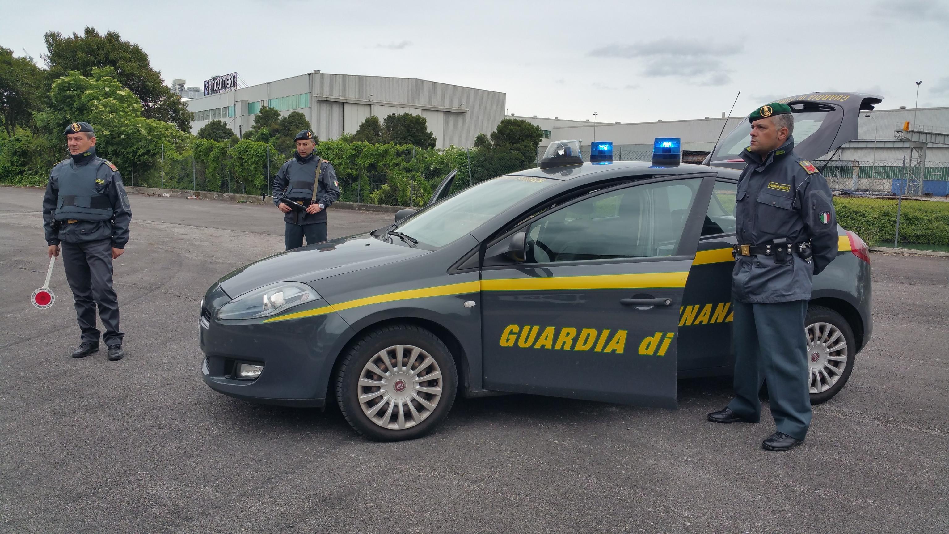 Assenteisti 7 impiegati Regione Calabria