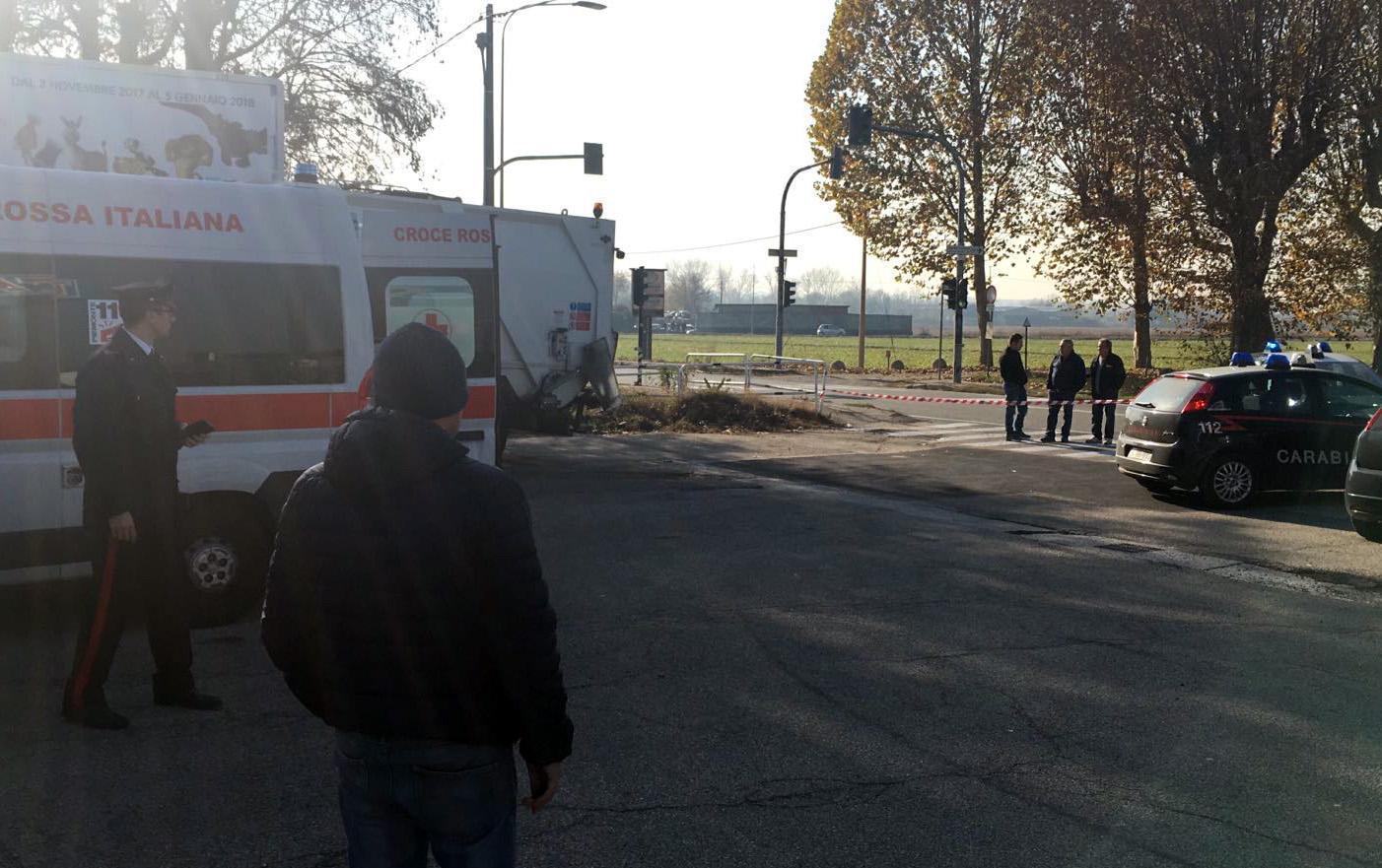Sparatoria a distributore, feriti Torino