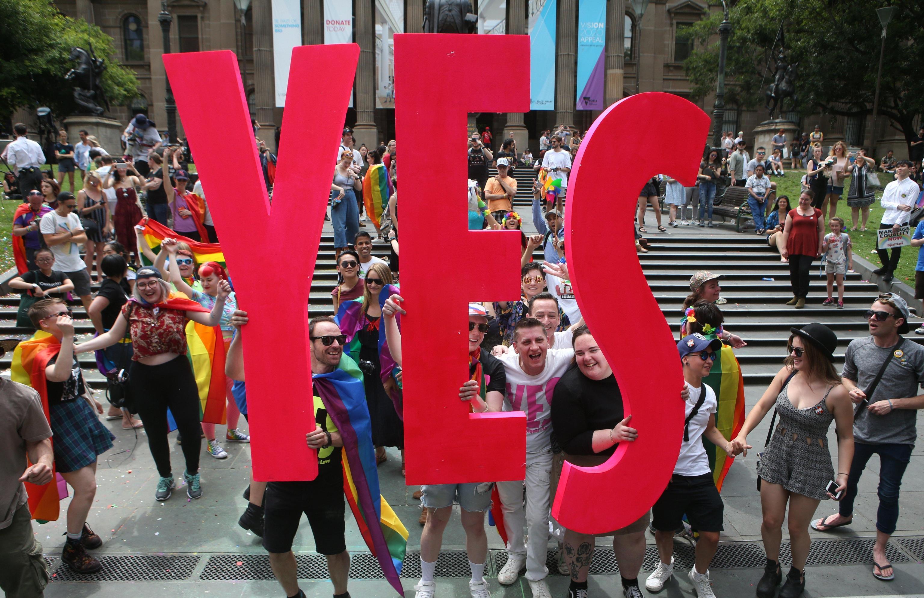 Australia: vince sì a matrimoni gay