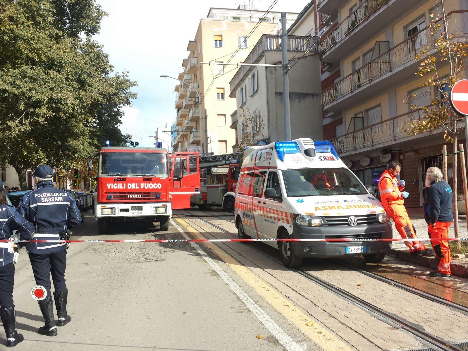 Incendio in palazzo a Sassari