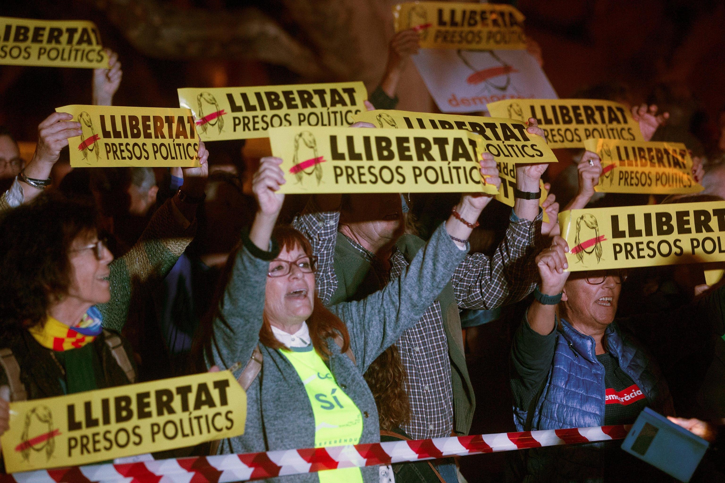 Catalogna:chiesta scarcerazione ministri