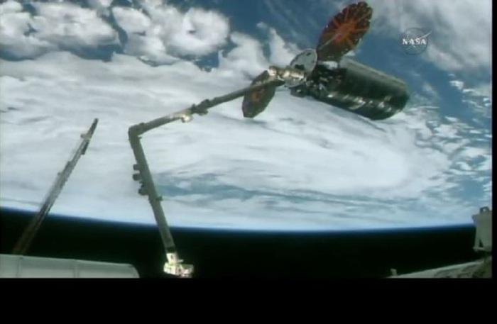 L'arrivo del cargo Cygnus alla Stazione Spaziale