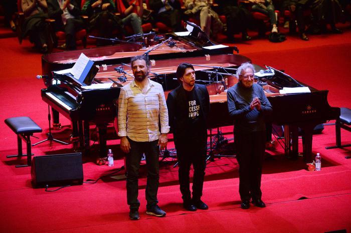 Addio a Luis Bacalov, Oscar per 'Il postino' di Massimo Troisi