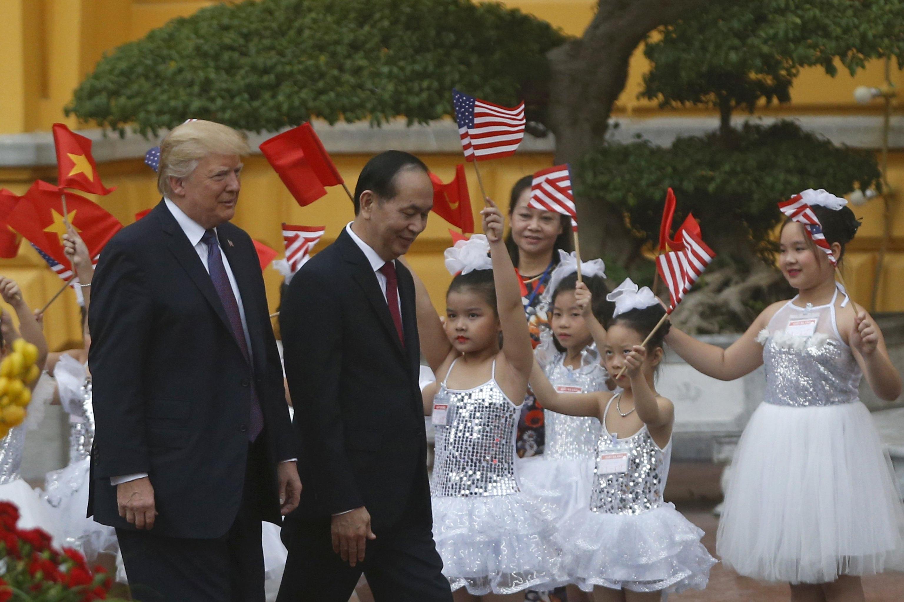 Trump, commercio con Hanoi sarà 'enorme'