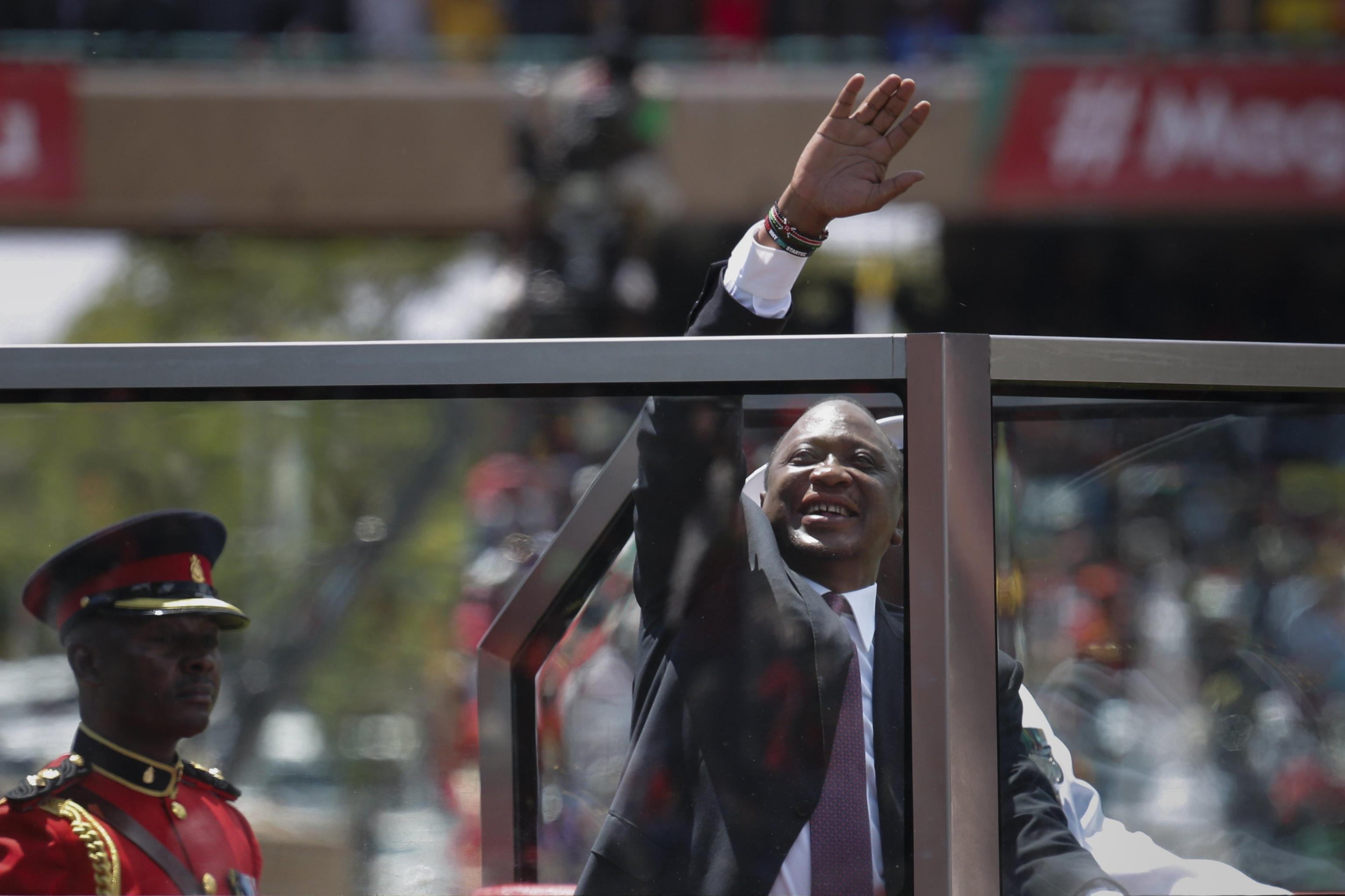 Kenya: presidente Kenyatta ha giurato