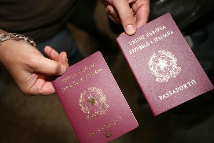 'Nel 2018 doppio passaporto per  gli altoatesini'