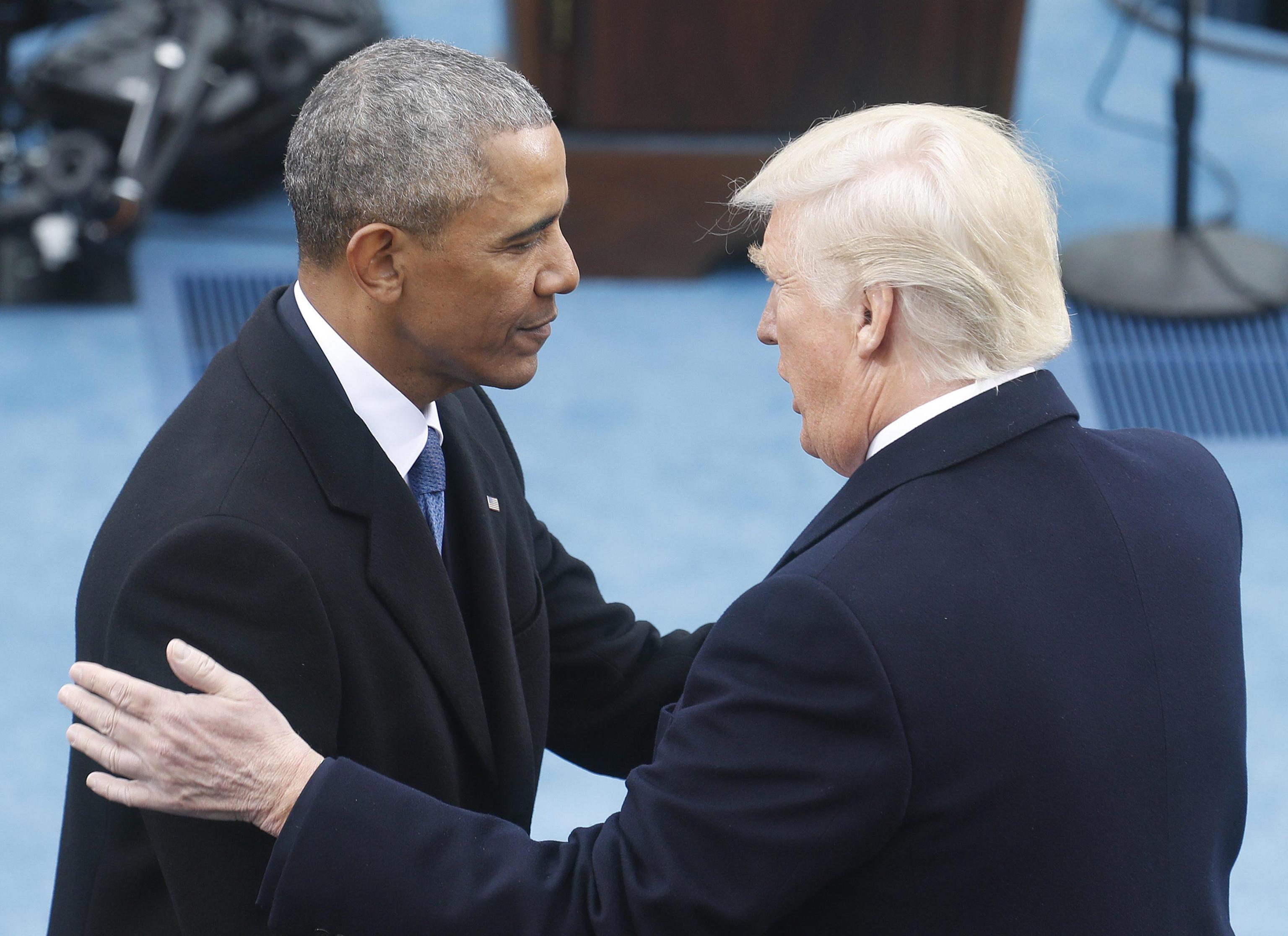 Obama paragona Trump a Hitler