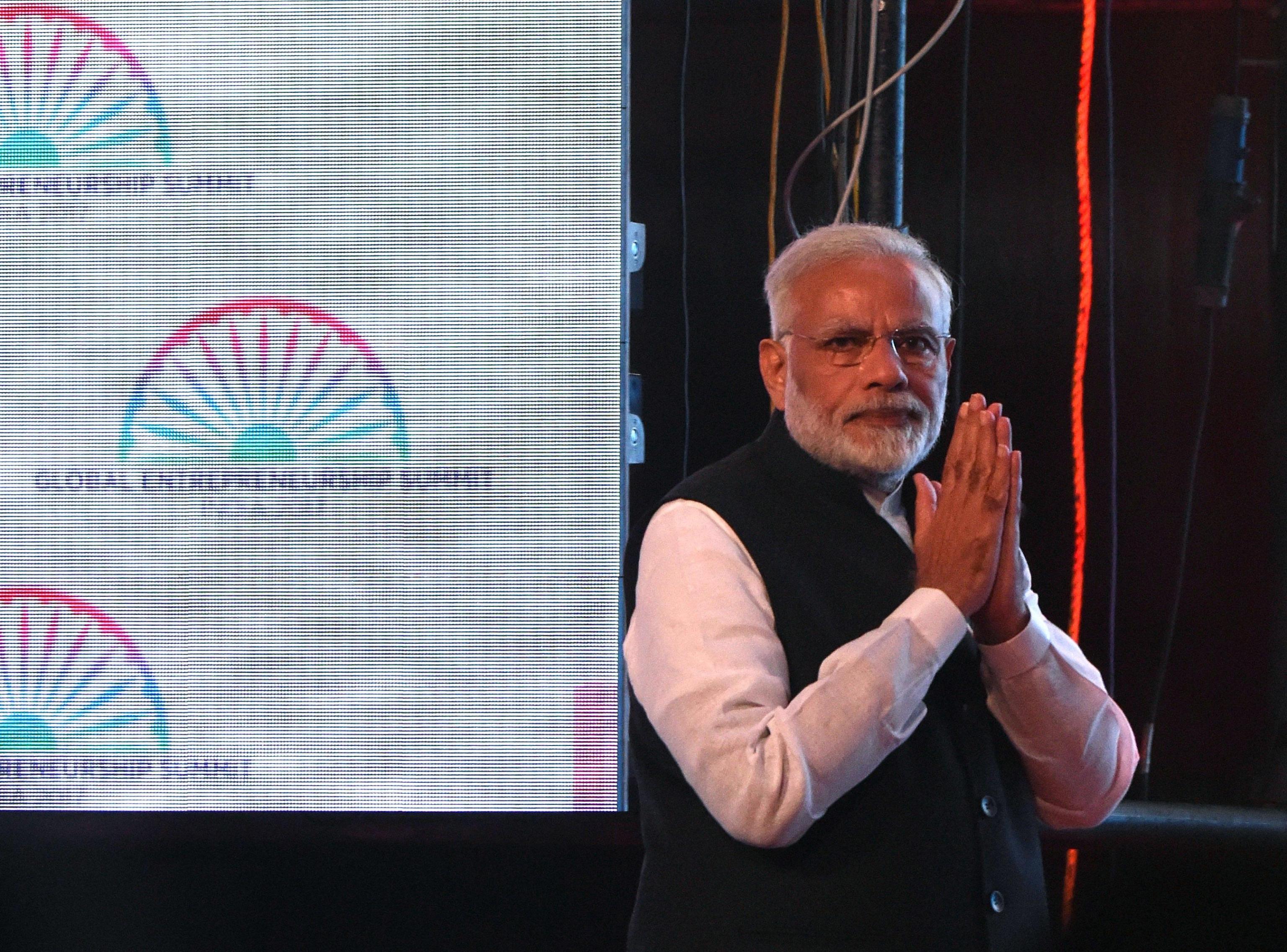 India: elezioni in Stato natale Modi