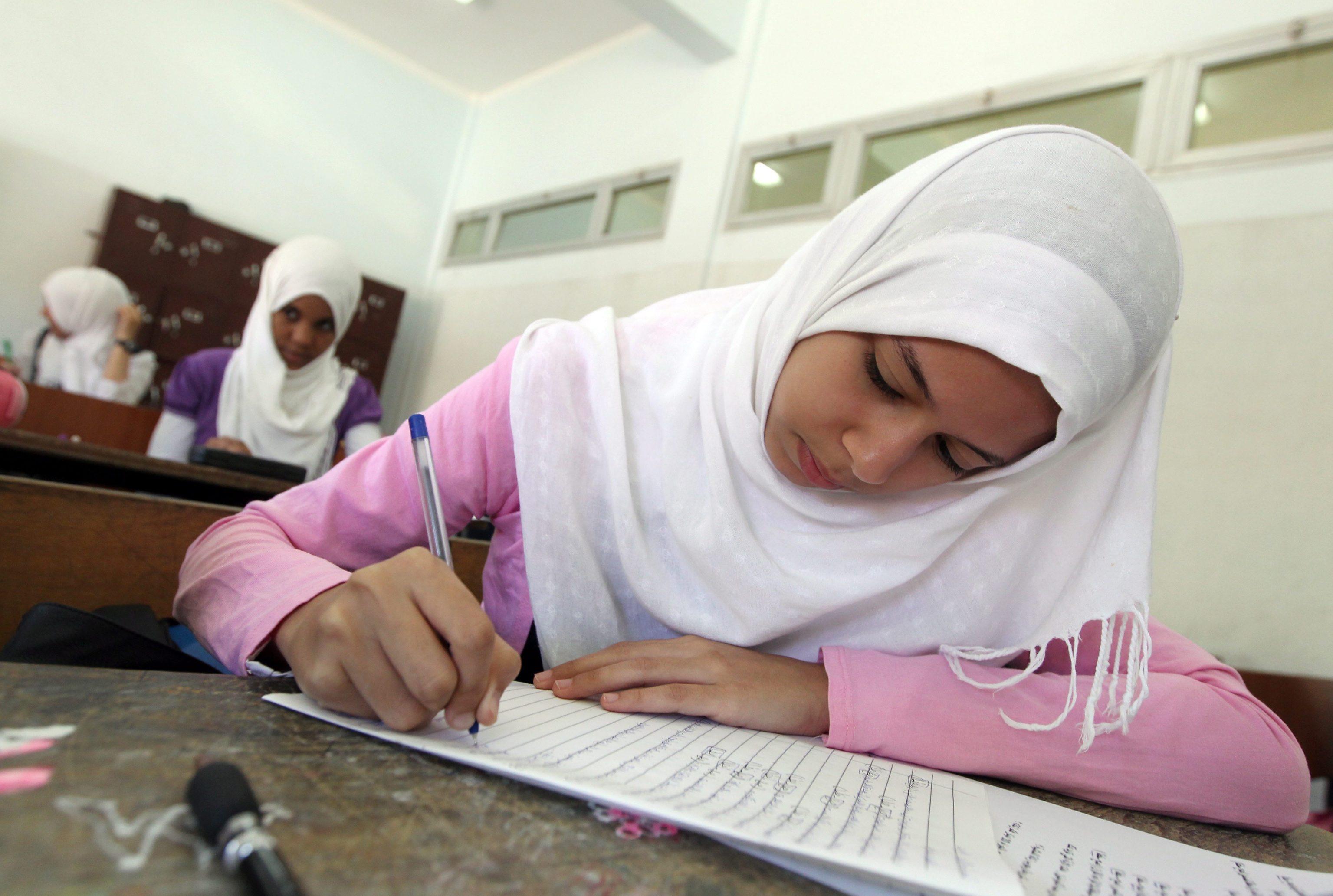 Fuga da scuola dove bimbi parlano arabo