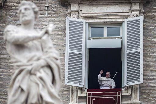 Papa Francesco: Maria sempre giovane, mai invecchiata dal peccato
