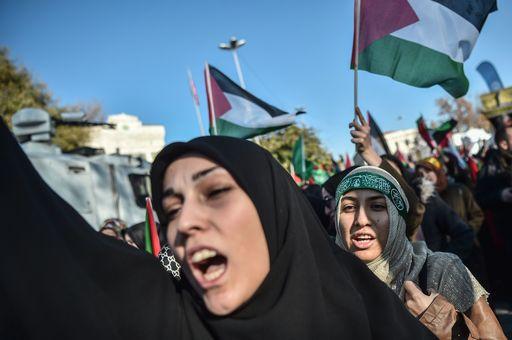 Scoppia la violenza da Gerusalemme a Gaza dopo la decisione di Trump