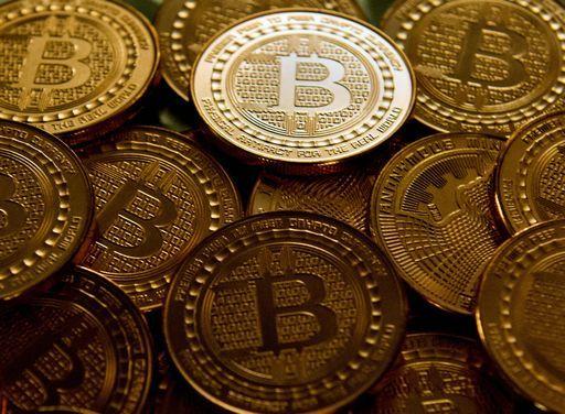 Boom del Bitcoin al debutto in borsa a Chicago (vola a oltre 18.000$)