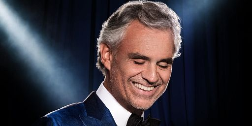 Andrea Bocelli suonerà la campanella al Nasdaq