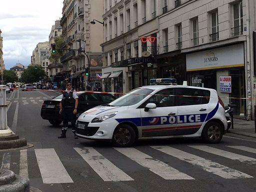 Treno travolge uno scuolabus a un passaggio a livello in Francia: vittime