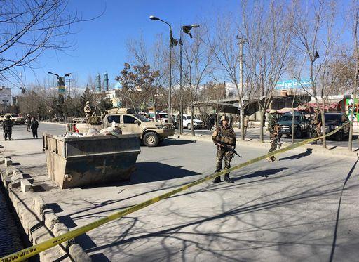 Attentato suicida a Kabul, molte vittime
