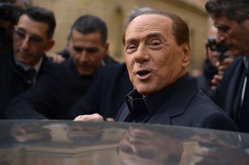 Berlusconi: nei primi 100 giorni immigrazione, fisco e povertà