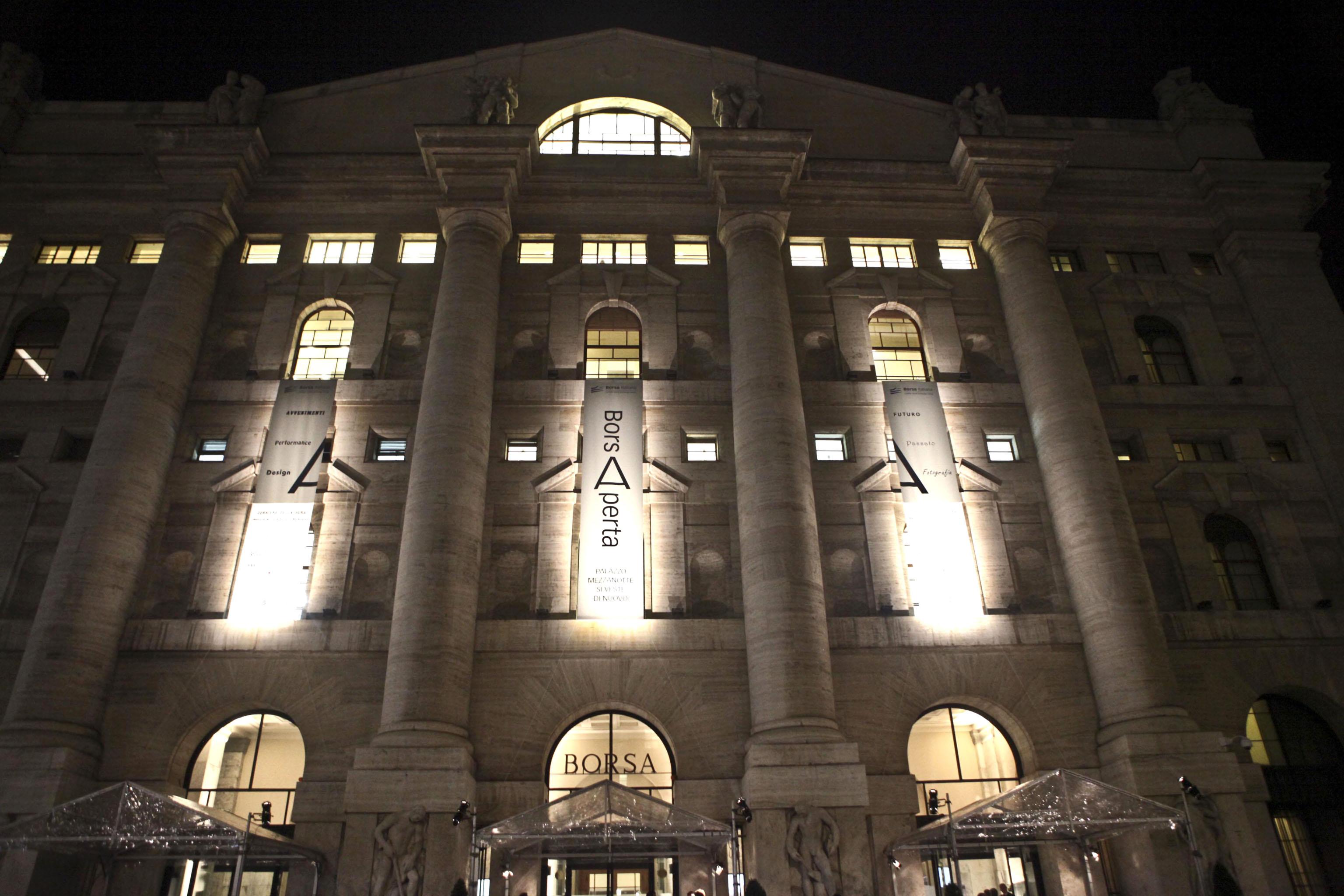 Borsa: Milano chiude in rialzo dell'1,4%