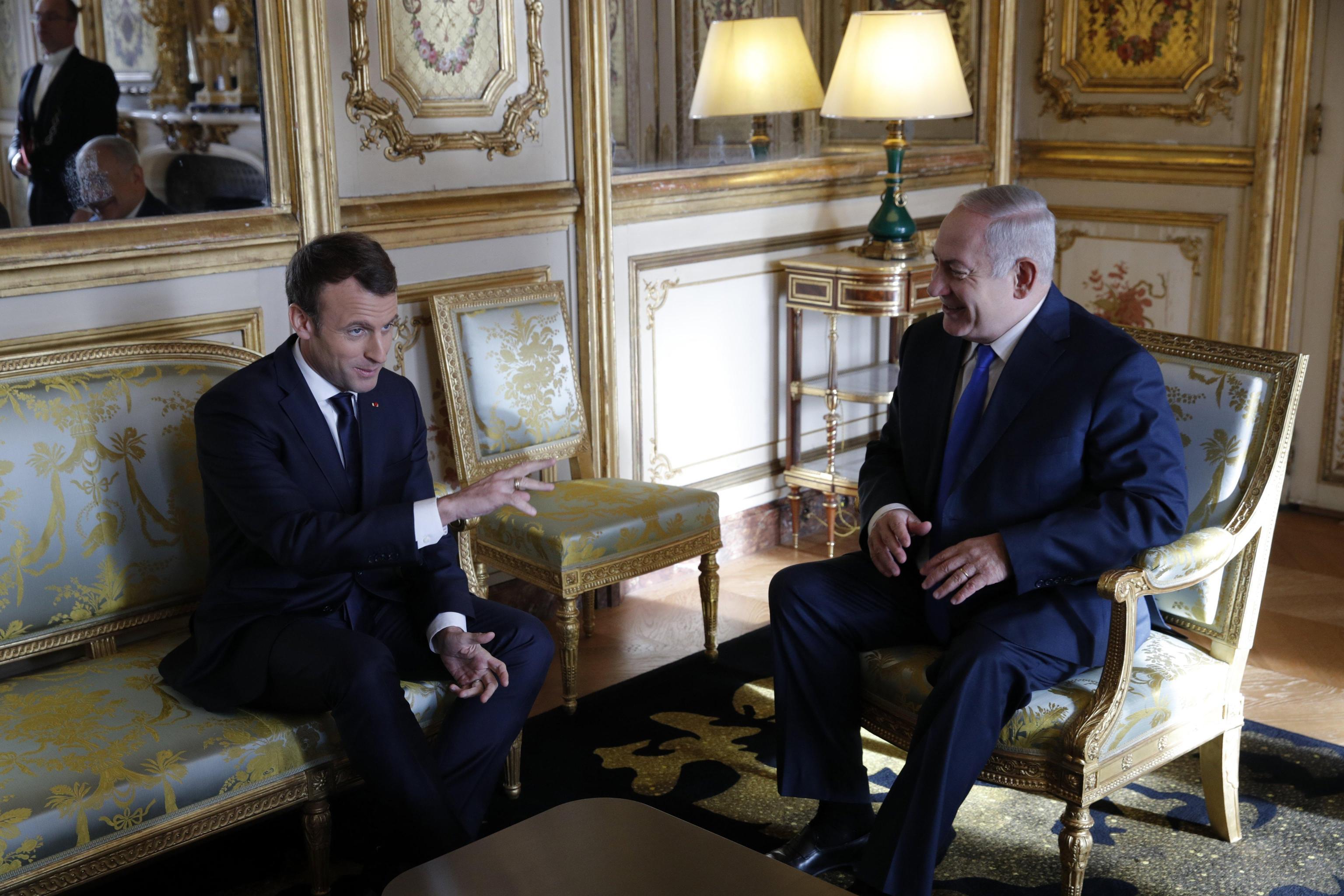 Macron a Netanyahu, congela le colonie