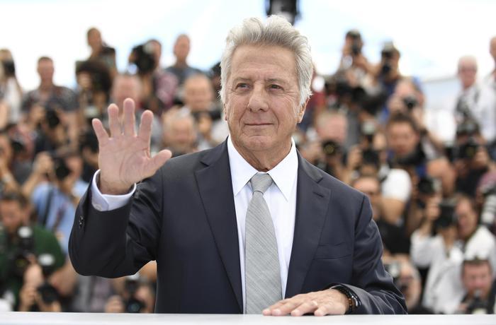 Un'altra attrice accusa di molestie Dustin Hoffman