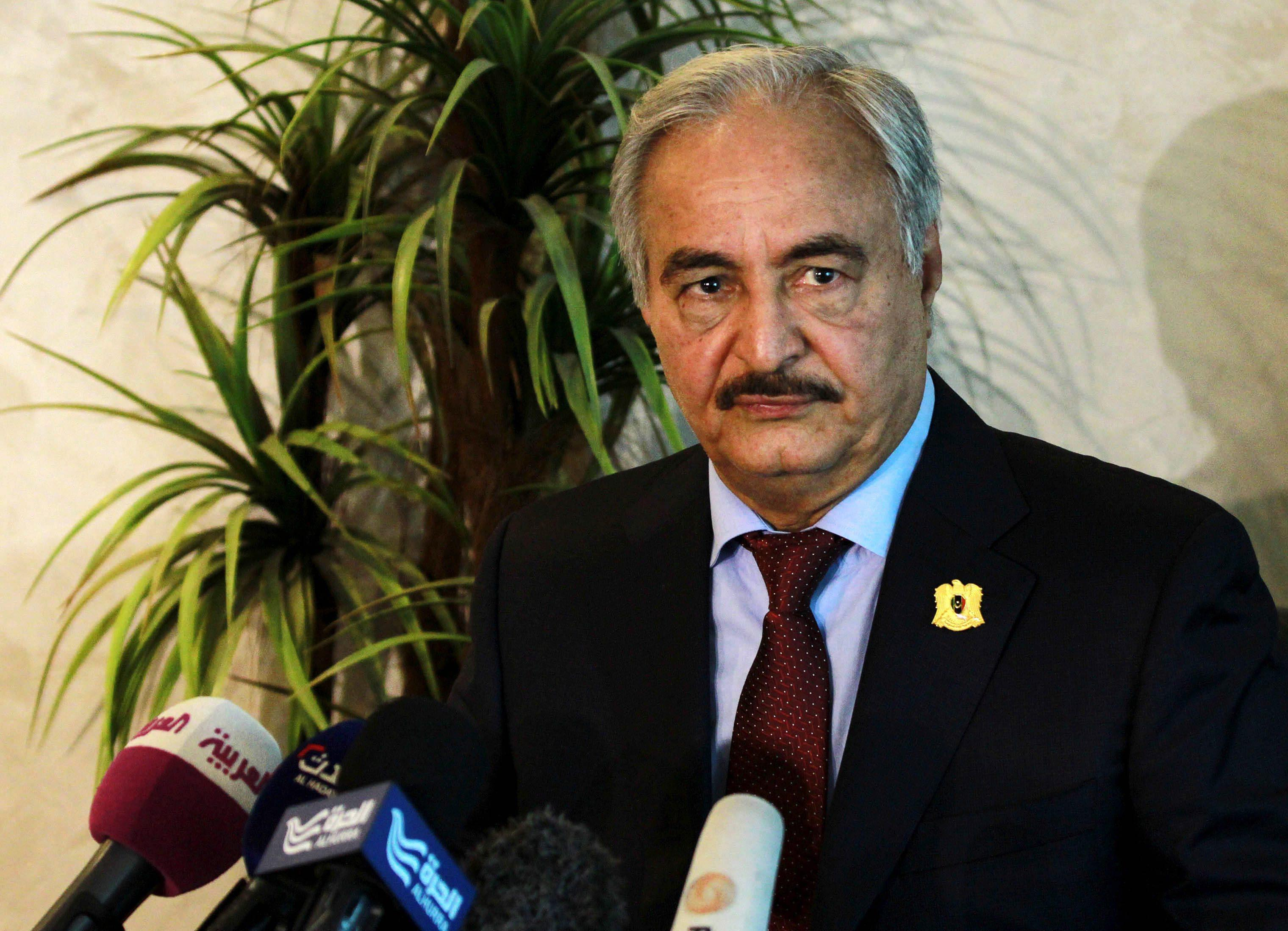 Libia: Haftar, governo illegittimo