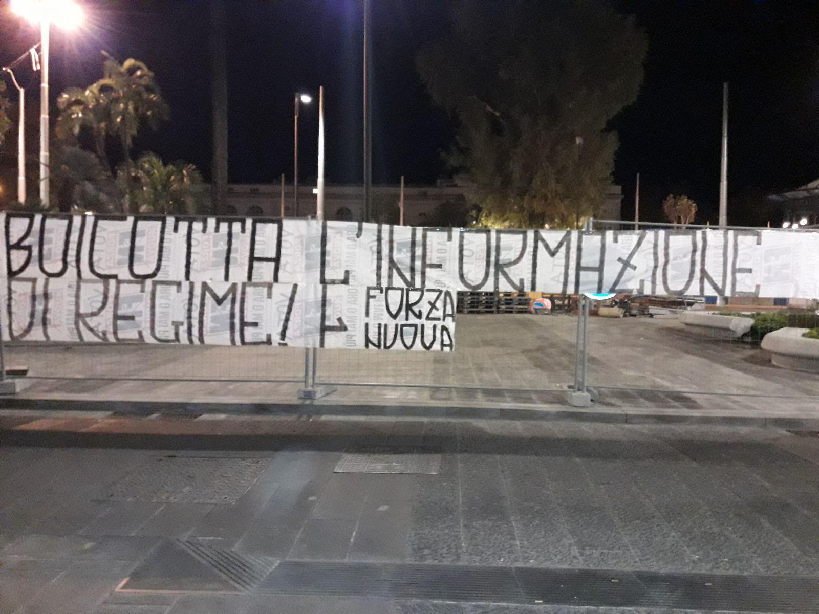 FN:Napoli,striscione contro 'Repubblica'