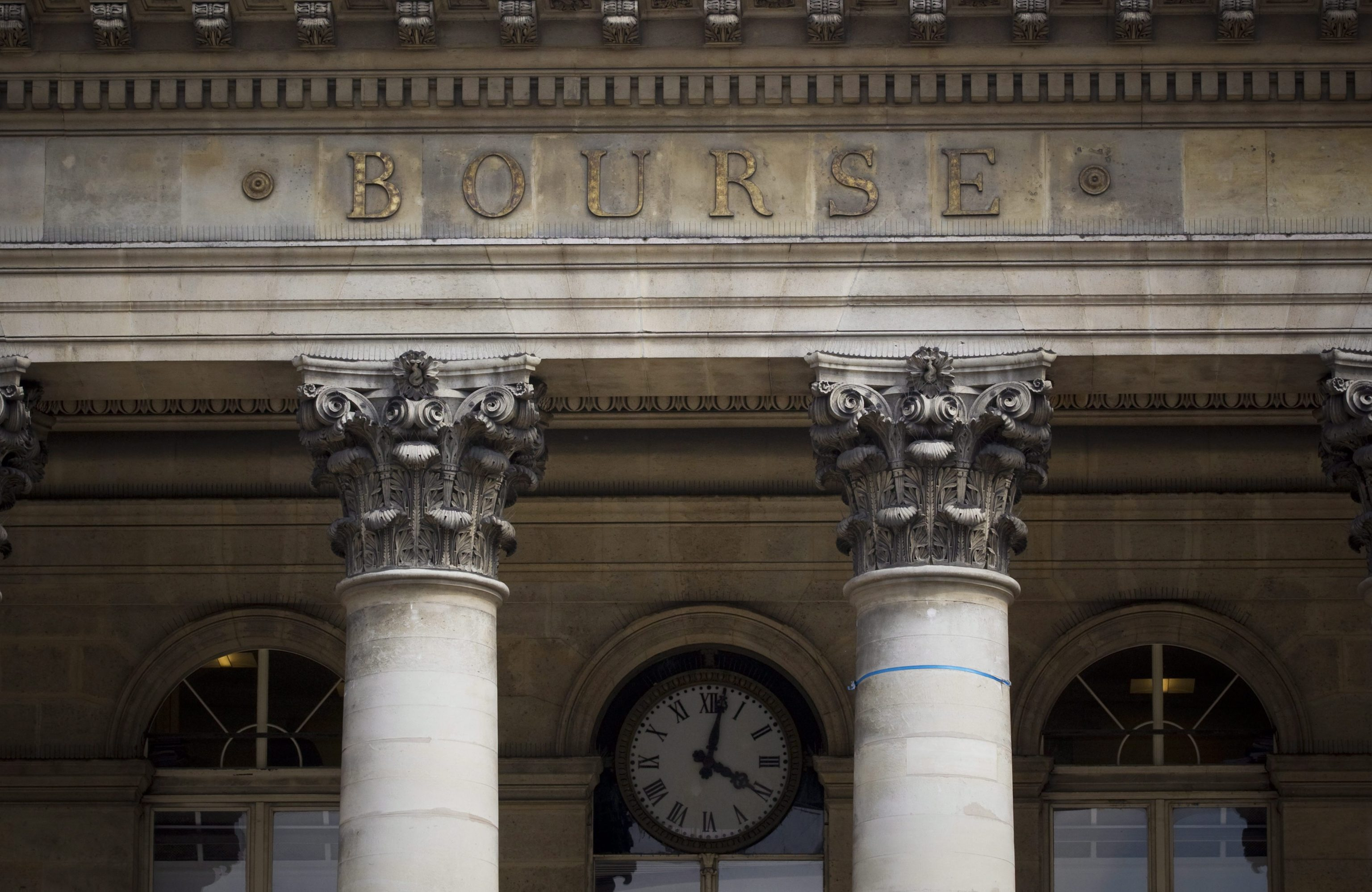 Borsa: Europa apre in calo,Parigi -0,14%