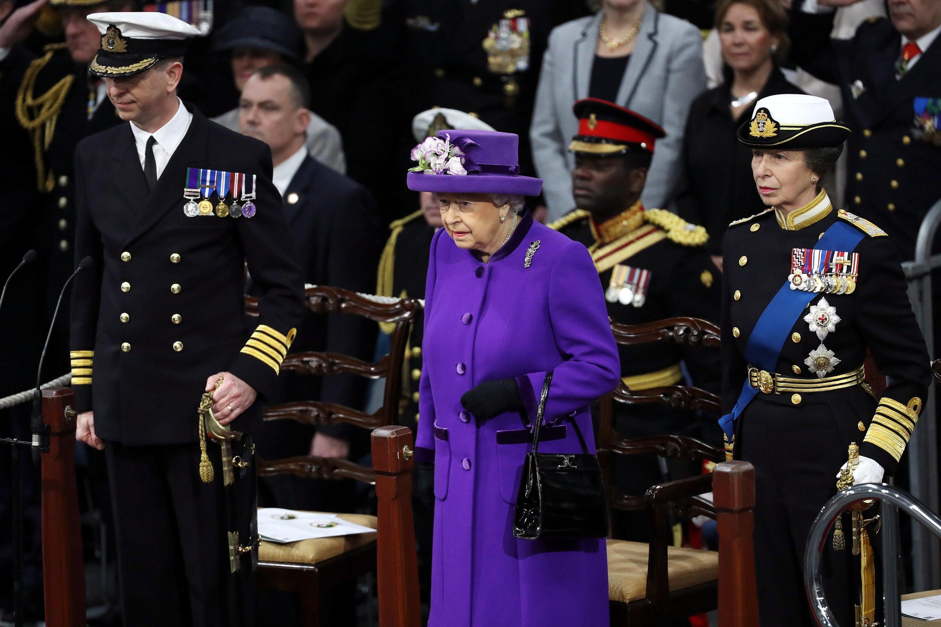 Gb: regina 'vara' nuova portaerei