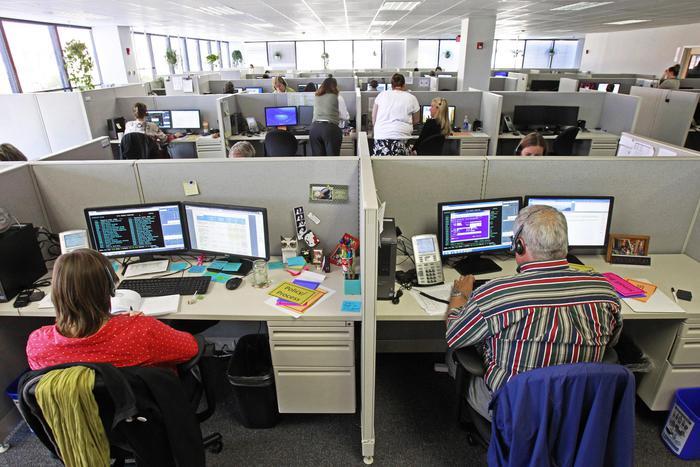 Manovra, call center: ok alla stretta anti-delocalizzazione