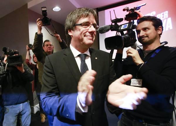 Catalogna, indipendentisti invadono Bruxelles