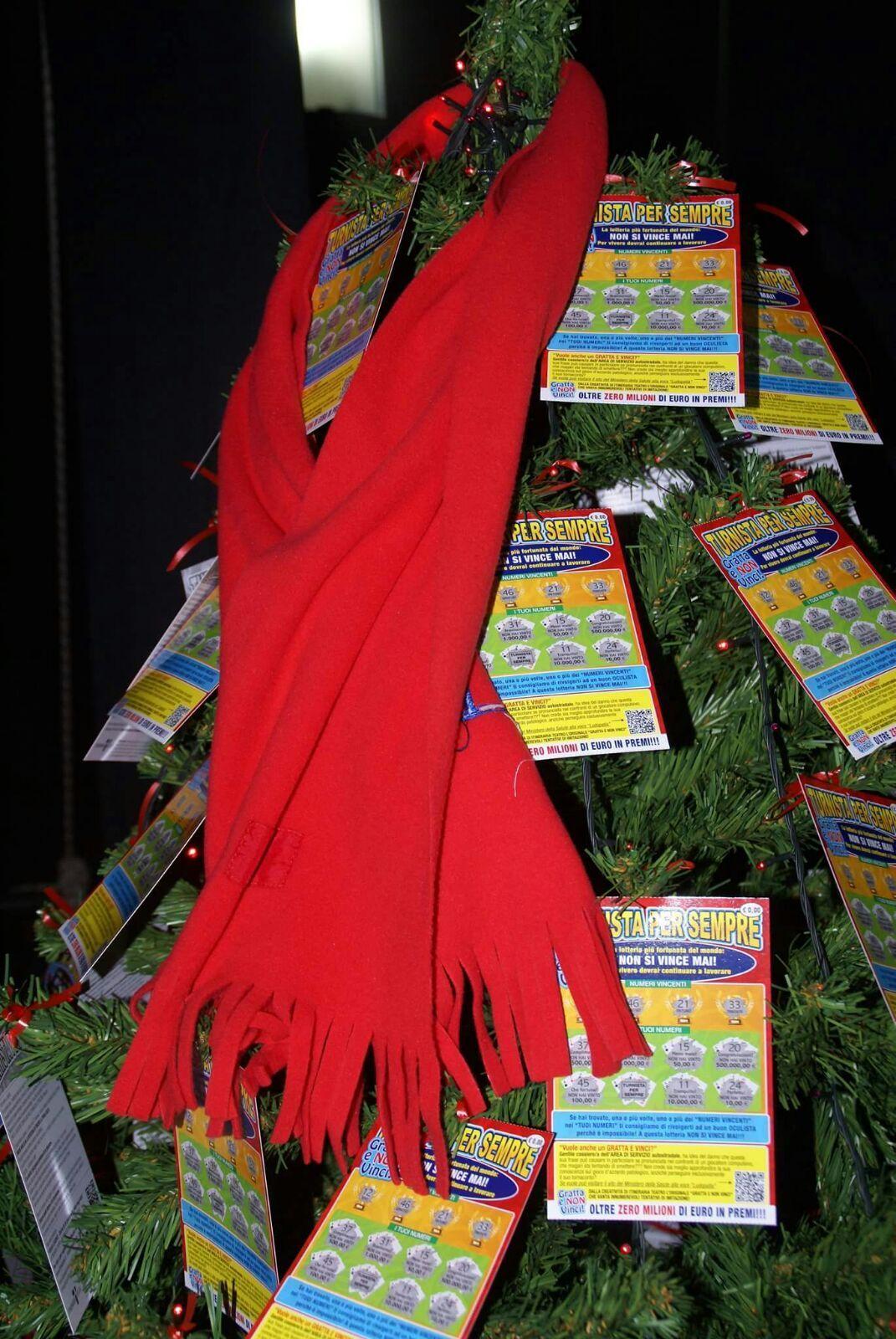 Natale, un albero contro la ludopatia