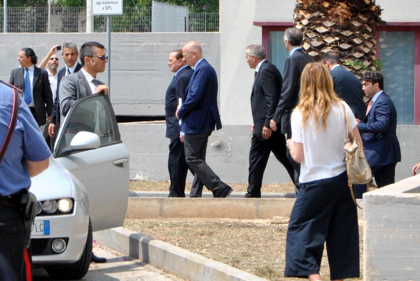 Escort: indagine su Berlusconi a Milano