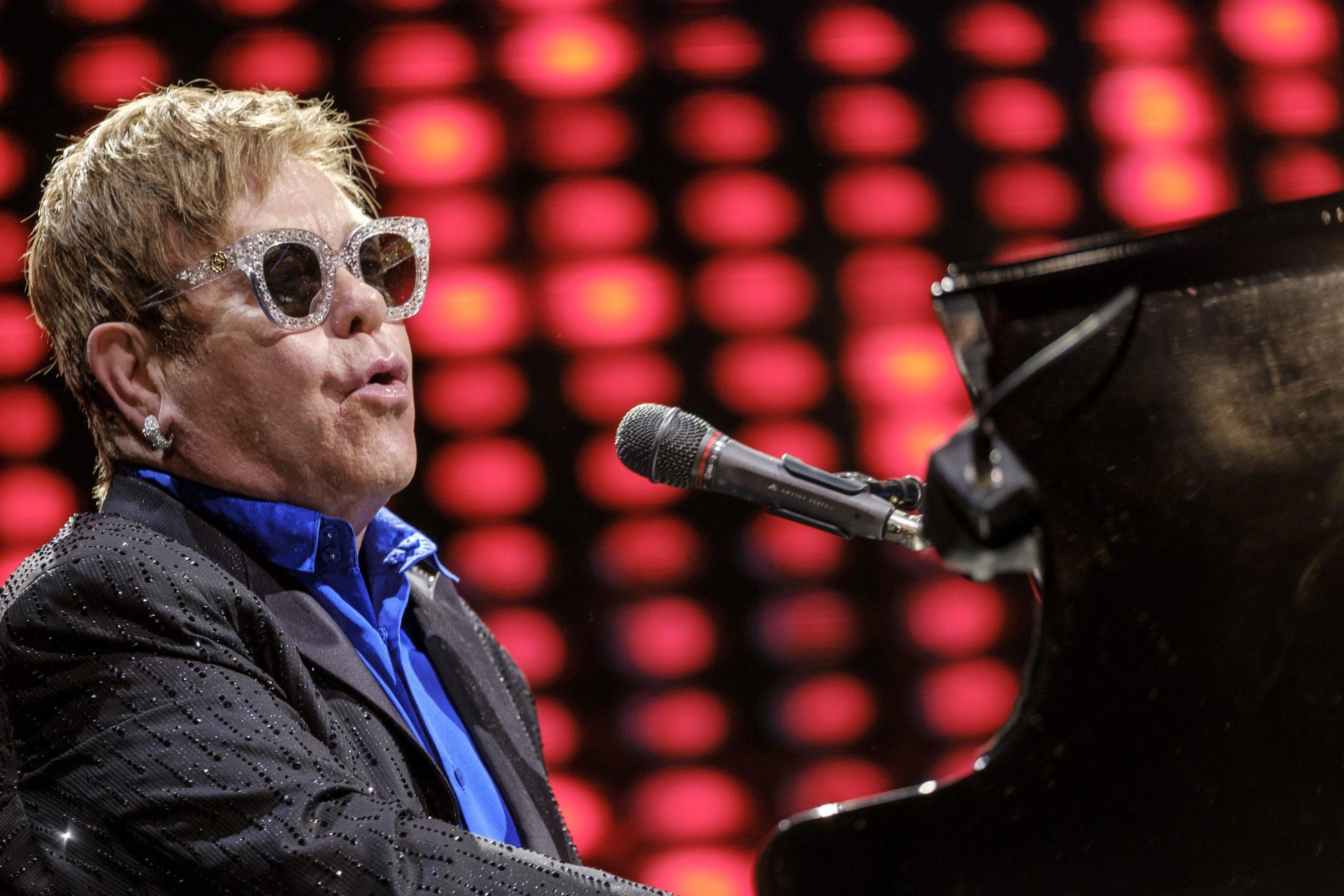 E' morta la madre di Elton John
