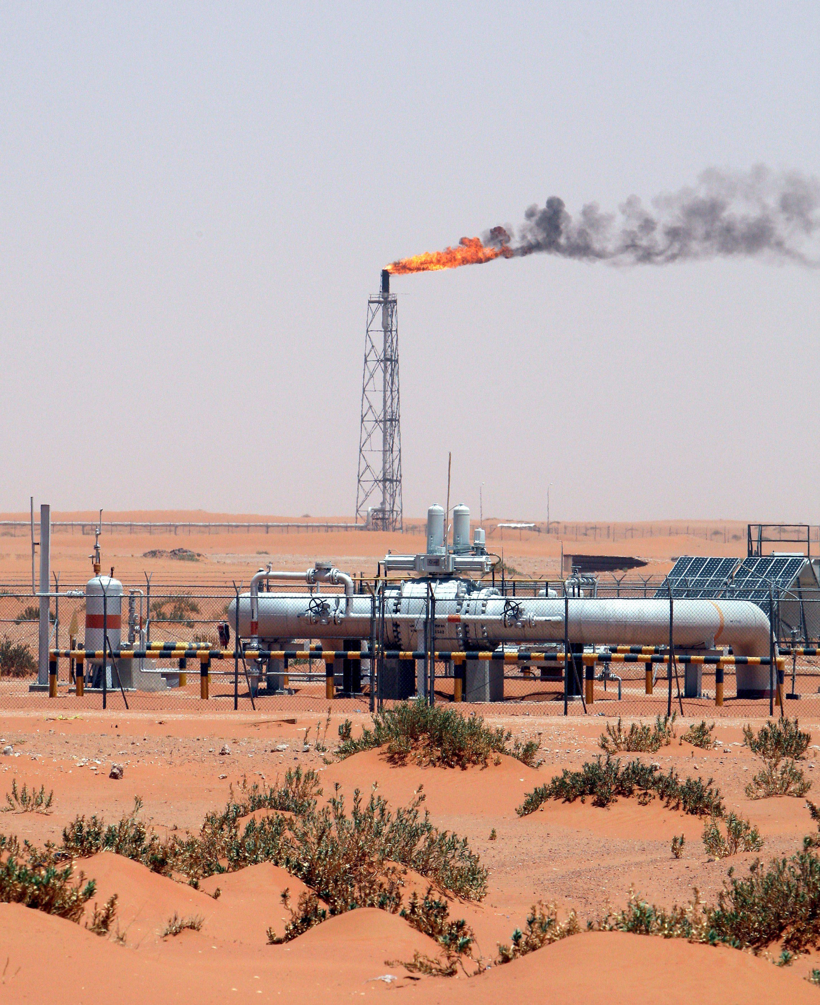 Petrolio: in calo a 57,97 dollari