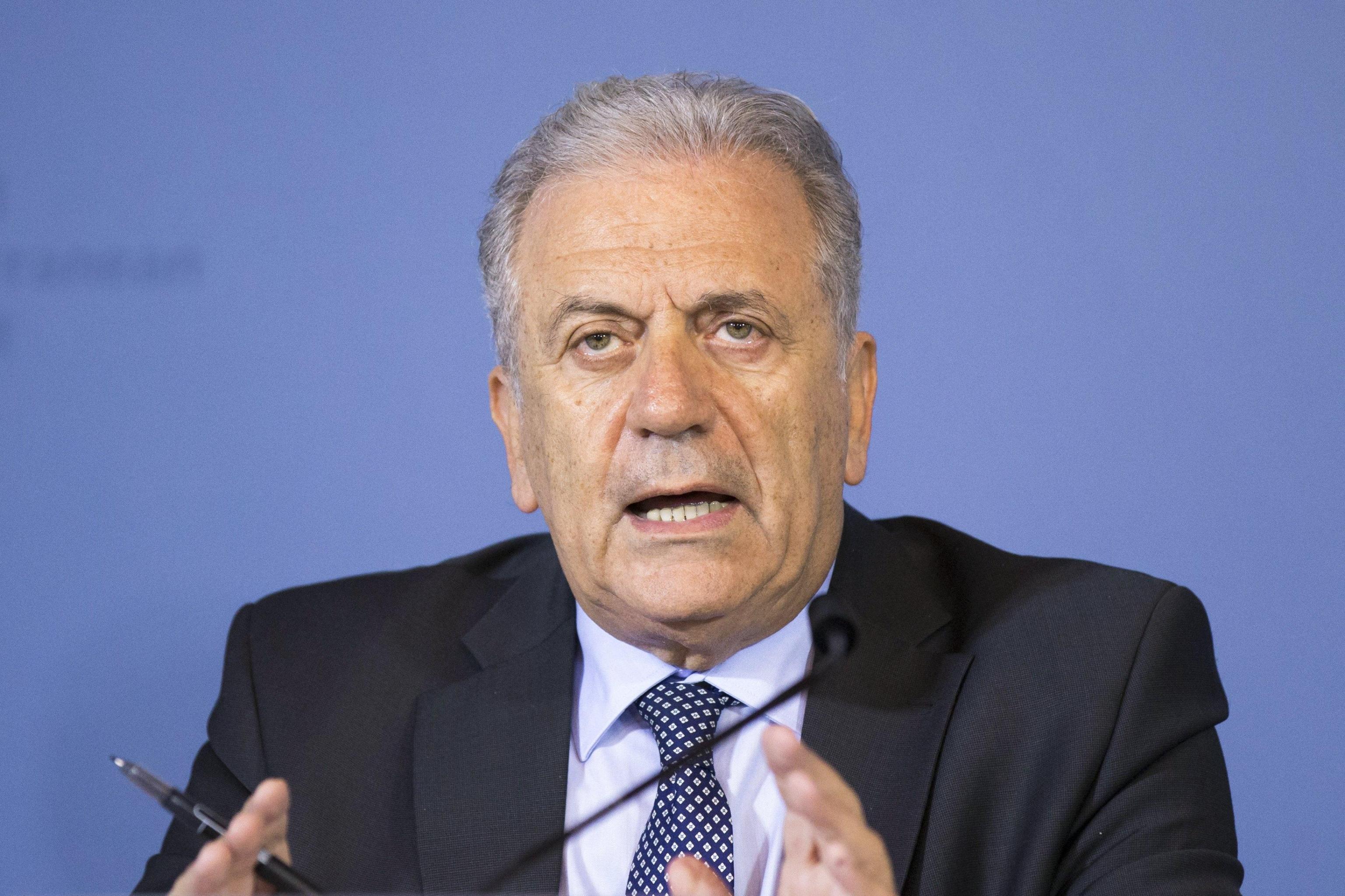 Avramopoulos a Amnesty,Ue non è complice
