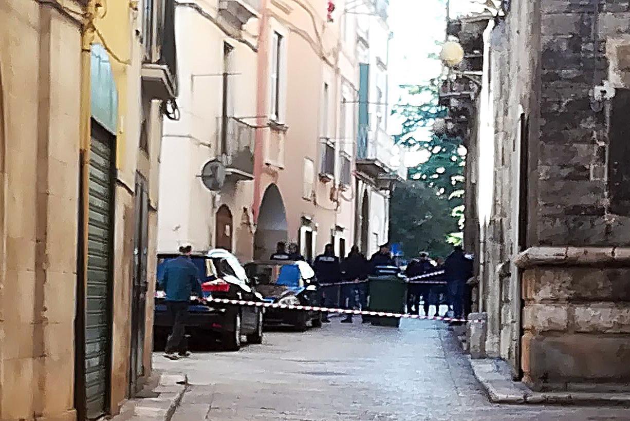 Anziana uccisa in strada:sentito ferito