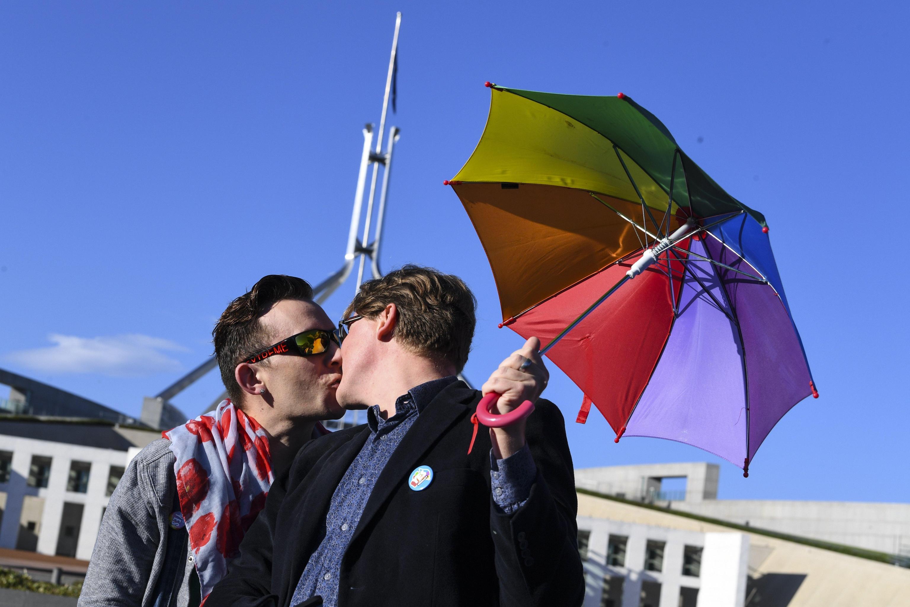 L'Australia riconosce i matrimoni gay