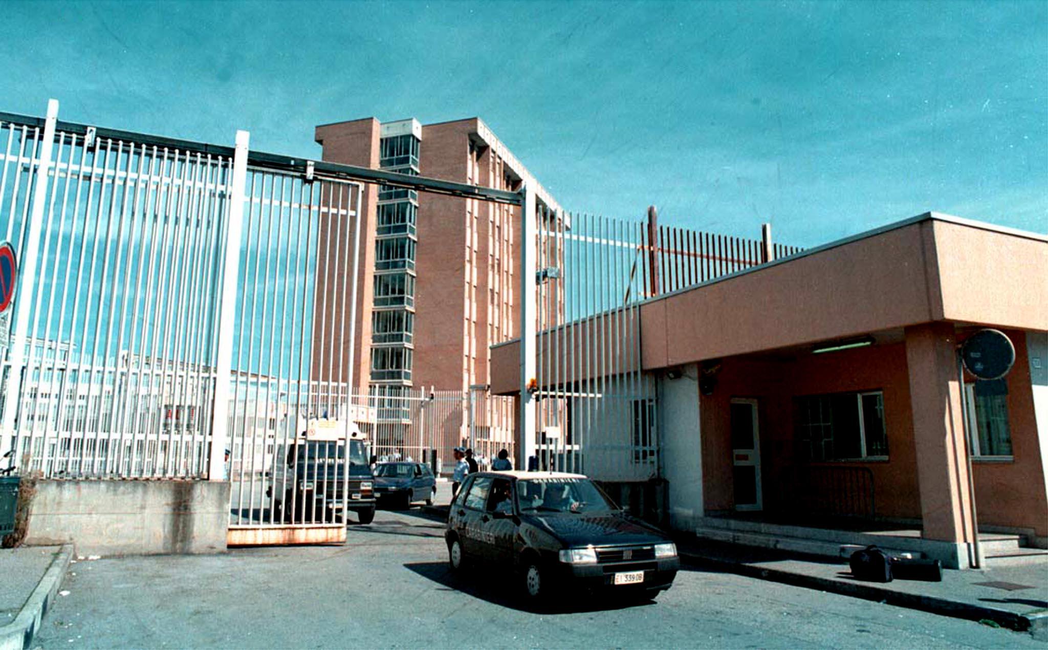 In permesso, detenuto evade da Vallette