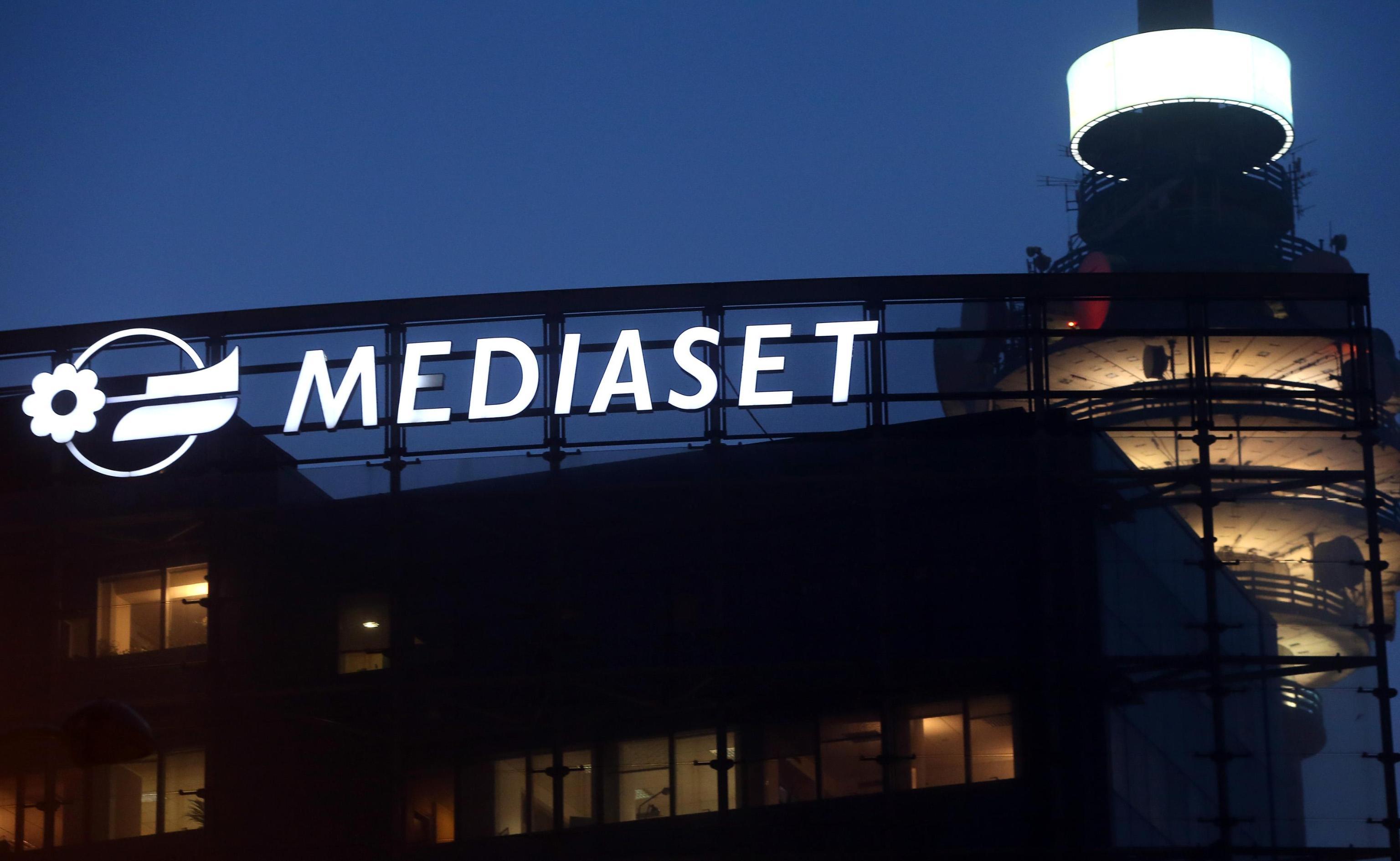 Mediaset: Borsa -2%, tratta con Vivendi