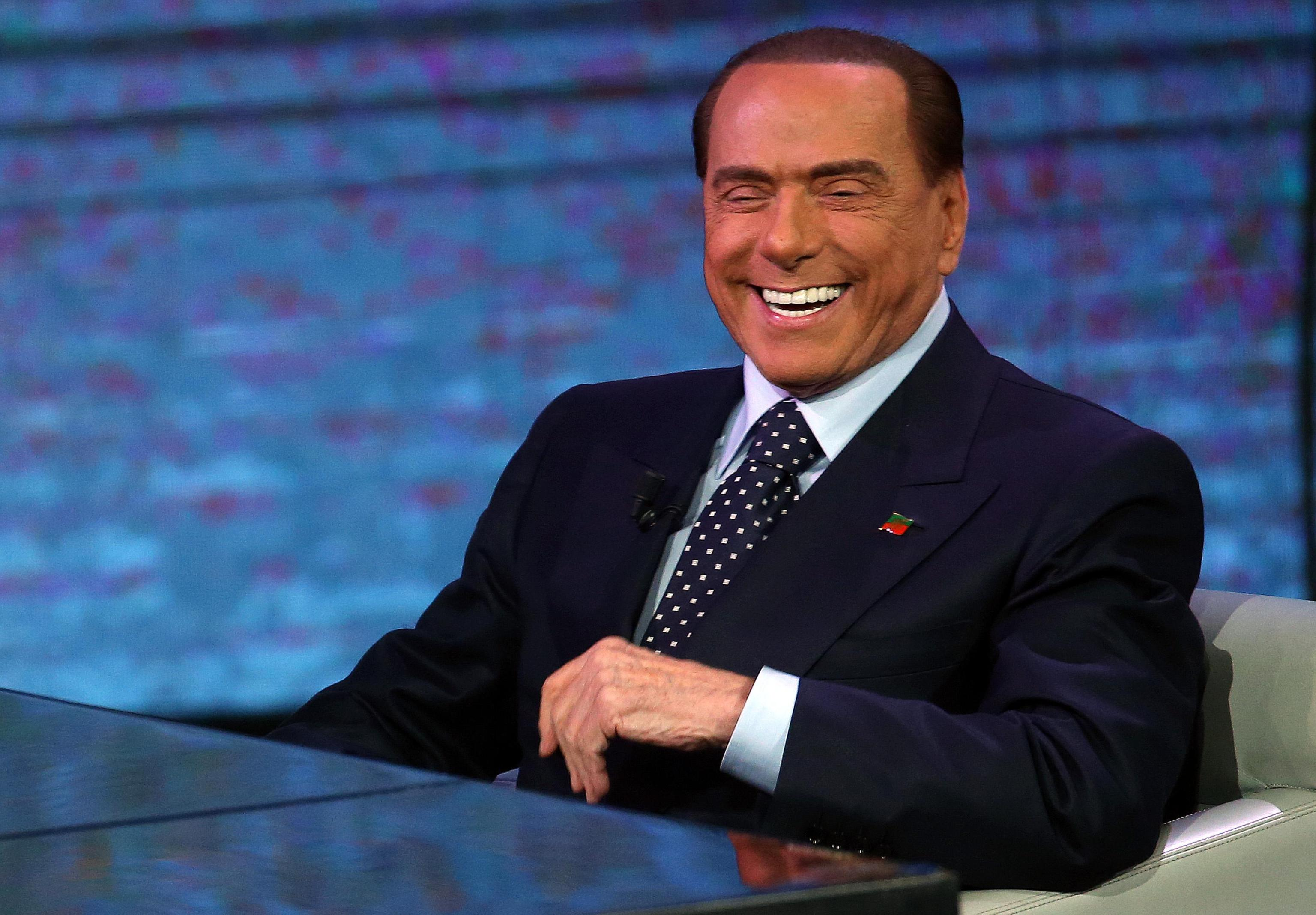 Berlusconi, in governo solo 8 politici