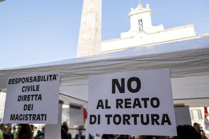 Onu, legge sulla tortura in Italia non conforme, va cambiata